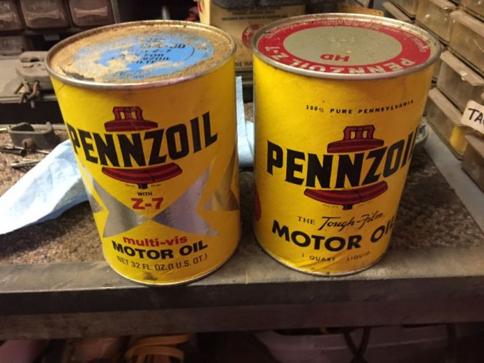 Quart Oil Cans